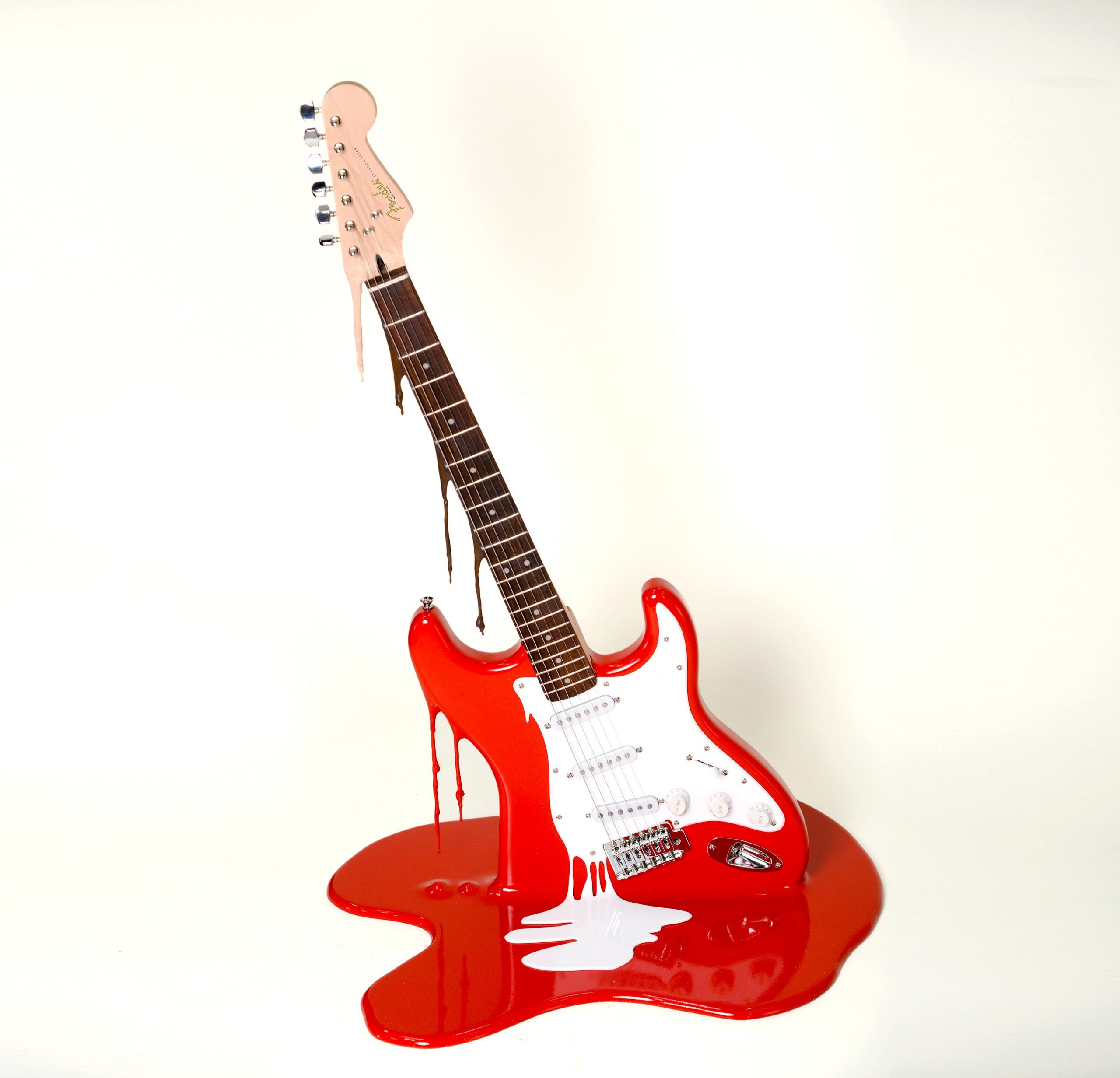 PJ050 Plastic Jesus 22The Art Of Noise 22 Red Fender Stratocaster guitars fully working with Acrylic and Resin 32x24x20 2019 SALE 7500 RENTAL 425 01 V1 org scaled - گیتار یا پیانو